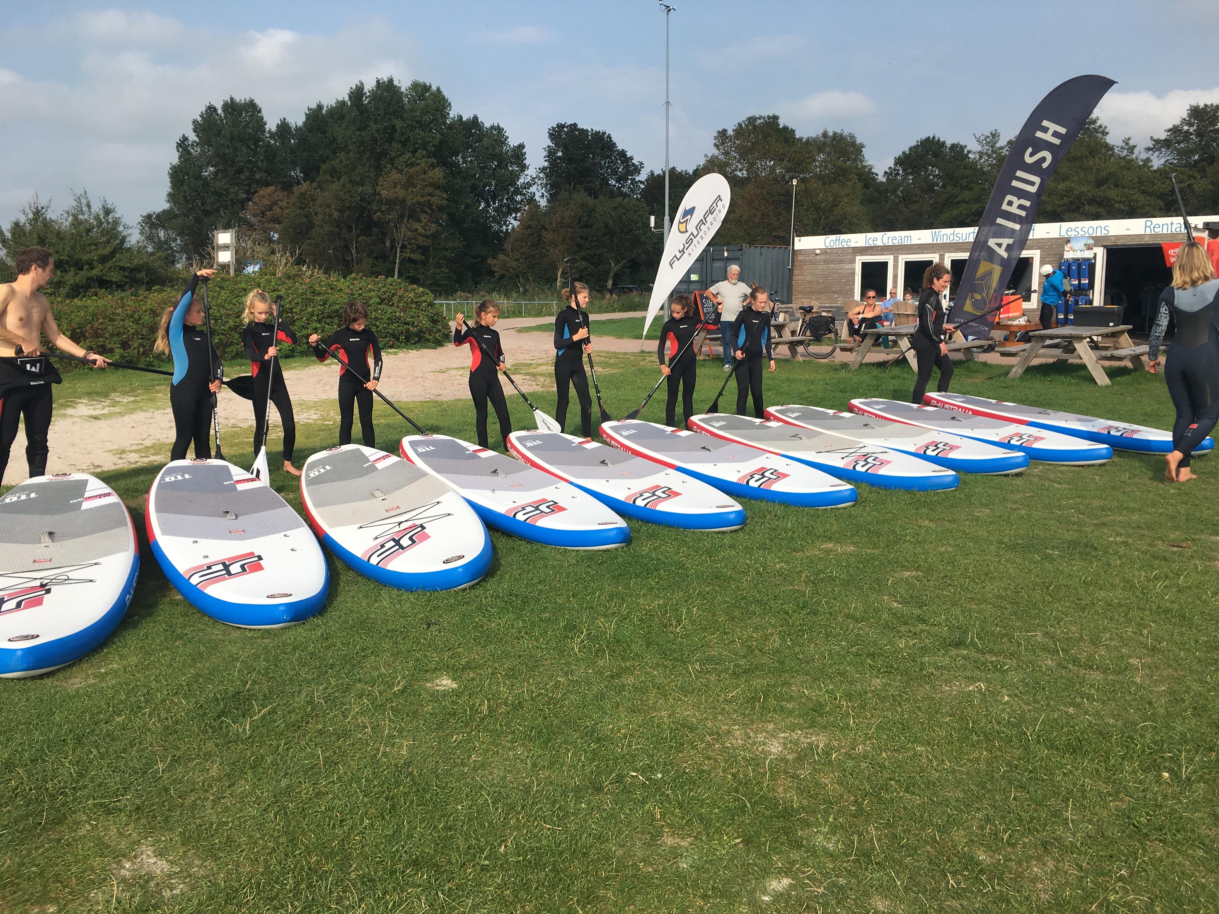 stand up paddle sup verhuur les cursus clinici